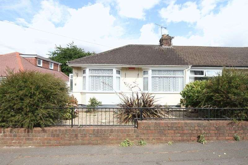 2 Bedrooms Property for sale in Kings Drive Hanham, Bristol