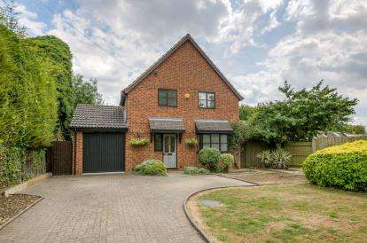 3 Bedrooms Detached House for sale in High Street, Souldrop, Bedford, Bedfordshire