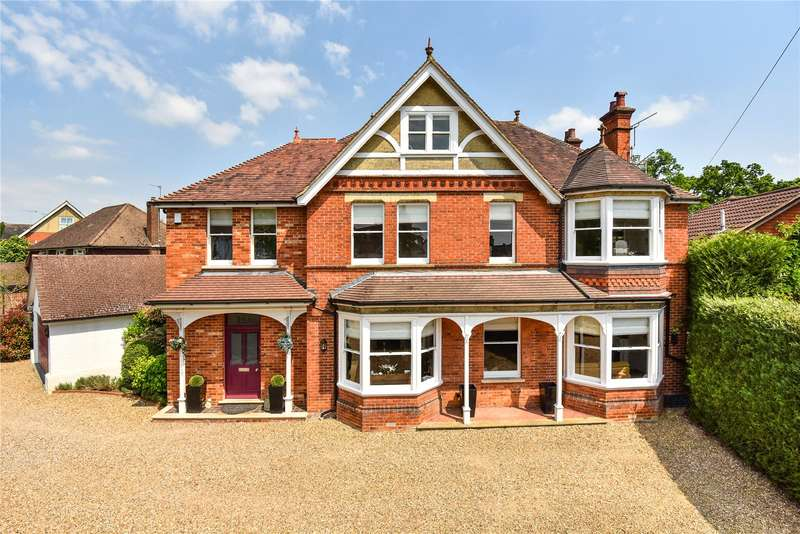 5 Bedrooms Detached House for sale in Gordon Avenue, Camberley, Surrey, GU15