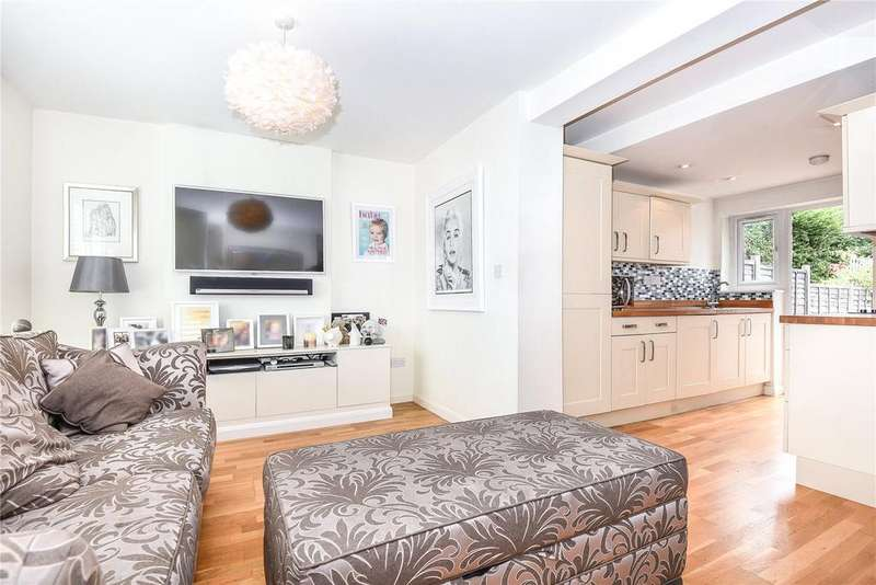 2 Bedrooms Terraced House for sale in Peel Close, Windsor, Berkshire, SL4