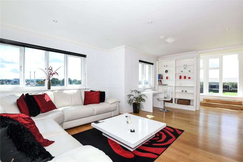 3 Bedrooms Penthouse Flat for sale in Rockwell Court, The Gateway, Watford, Hertfordshire, WD18
