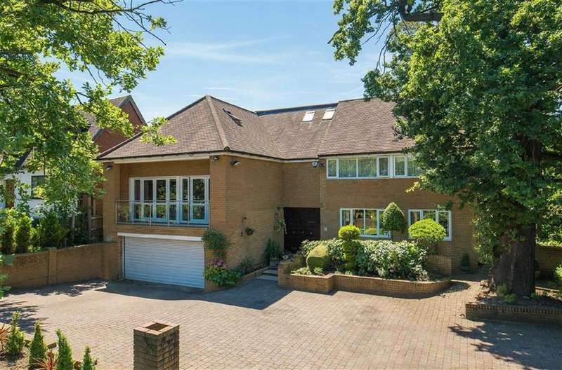 7 Bedrooms Detached House for sale in Barnet Lane, London
