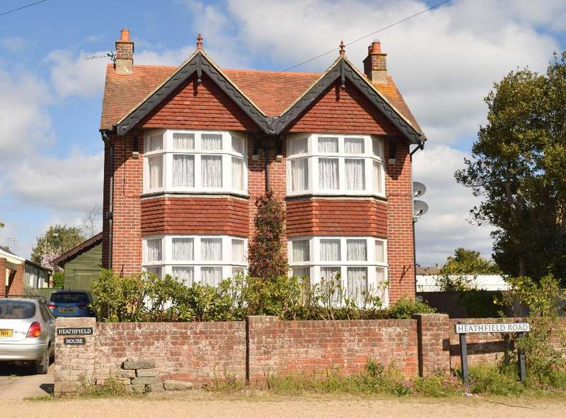 4 Bedrooms Detached House for sale in Heathfield Road, Bembridge, Isle of Wight, PO35 5UQ