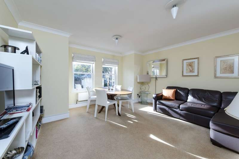 1 Bedroom Flat for sale in Dents Road, Battersea, London