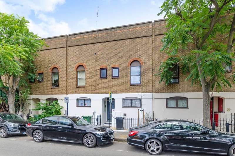 3 Bedrooms Terraced House for sale in Castle Road, Camden Town, NW1