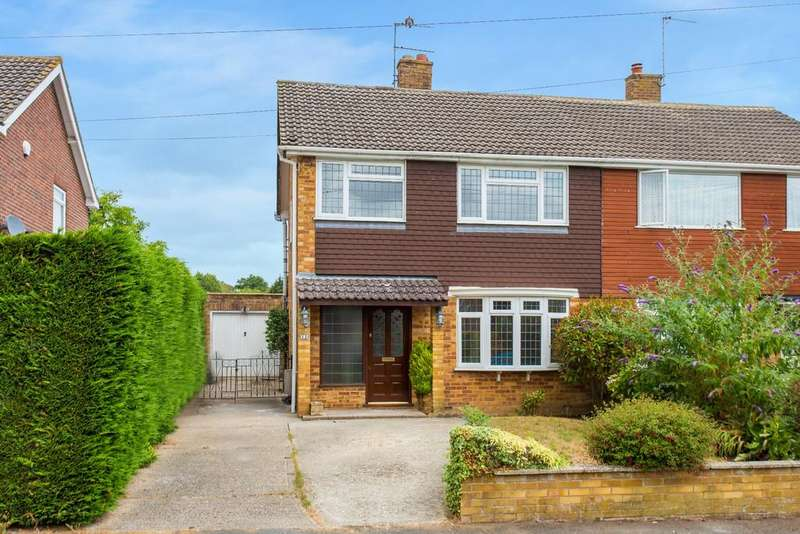 3 Bedrooms Semi Detached House for sale in Great Kingshill