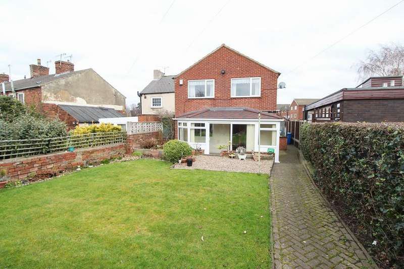 3 Bedrooms Detached House for sale in Littlemoor, Chesterfield