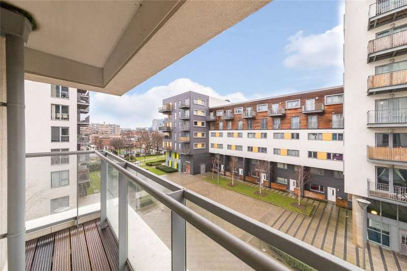 3 Bedrooms Flat for sale in Wilson Tower, 16 Christian Street, London