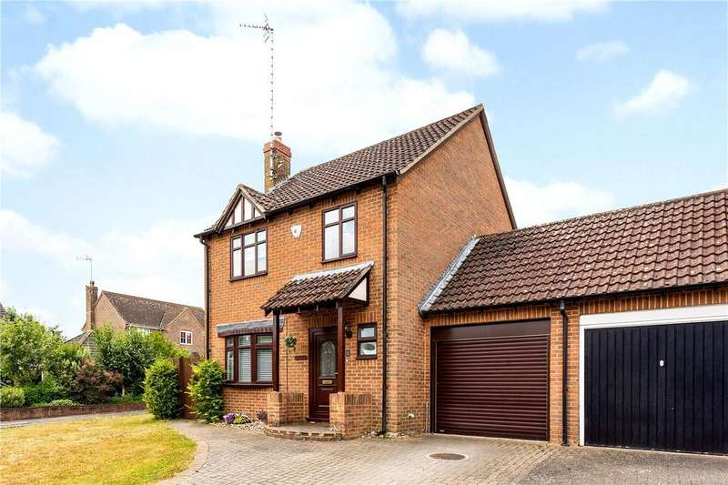 3 Bedrooms Link Detached House for sale in Shalbourne Close, Hungerford, Berkshire, RG17