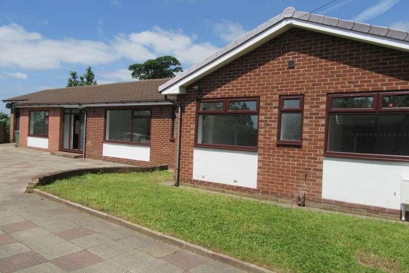 6 Bedrooms Detached Bungalow for sale in Norlands Lane, Rainhill L35