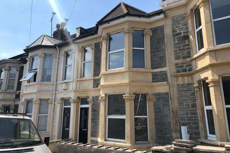 3 Bedrooms Terraced House for sale in Gilbert Road, Bristol, BS5 9DS