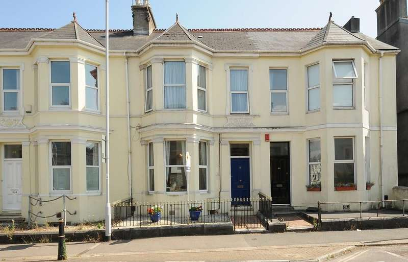 5 Bedrooms Terraced House for sale in Beaumont Road, Plymouth