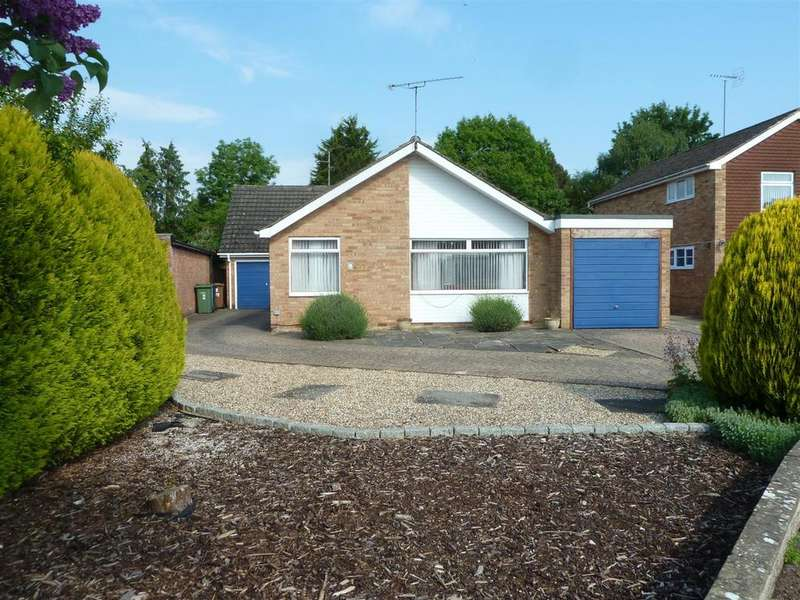 5 Bedrooms Detached Bungalow for sale in Rowan Close, Sonning Common, Reading