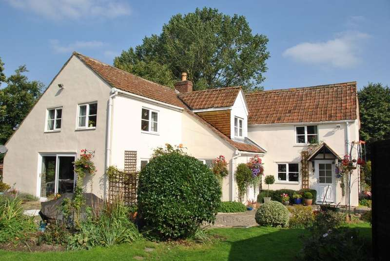 5 Bedrooms Detached House for sale in Conock, Devizes WILTSHIRE