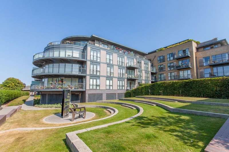 3 Bedrooms Penthouse Flat for sale in Kingsley Walk, Cambridge