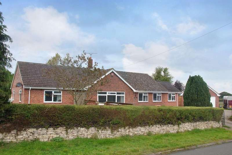 4 Bedrooms Detached Bungalow for sale in Lower Strensham WORCESTERSHIRE