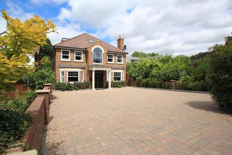 6 Bedrooms Detached House for sale in Cuffley Hill, Goffs Oak, EN7 5EY