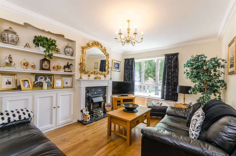 3 Bedrooms Terraced House for sale in Bletsoe Walk, Islington, N1