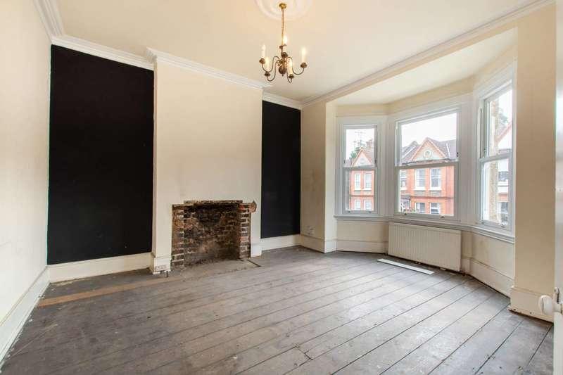 2 Bedrooms Maisonette Flat for sale in Casewick Road, West Norwood, SE27