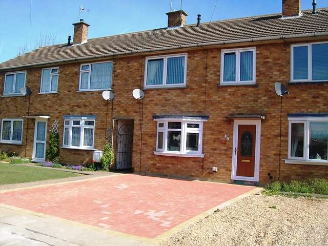 3 Bedrooms Town House for sale in Cranstone Crescent LE3