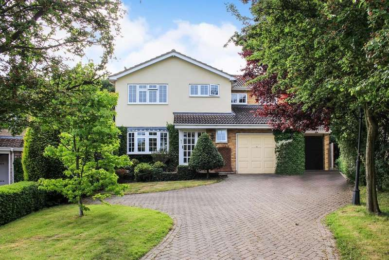 4 Bedrooms Detached House for sale in The Gattens, Rayleigh