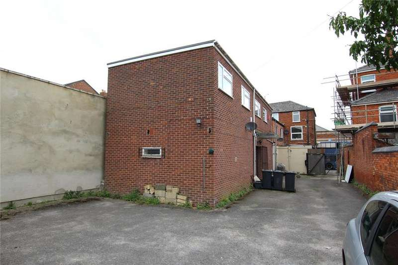 2 Bedrooms Detached House for sale in ONE BEDROOM FLAT, STUDIO , POTENTIAL BUILDING PLOT, London Road, Gloucester, GL1