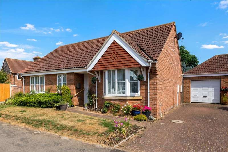 3 Bedrooms Detached Bungalow for sale in West Road, Ruskington, Sleaford, Lincolnshire, NG34