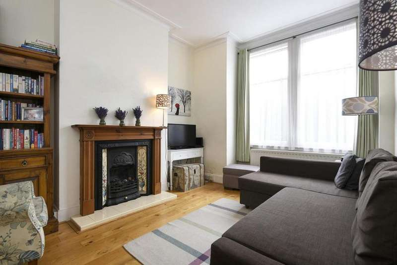 2 Bedrooms Flat for sale in Avarn Road, Tooting