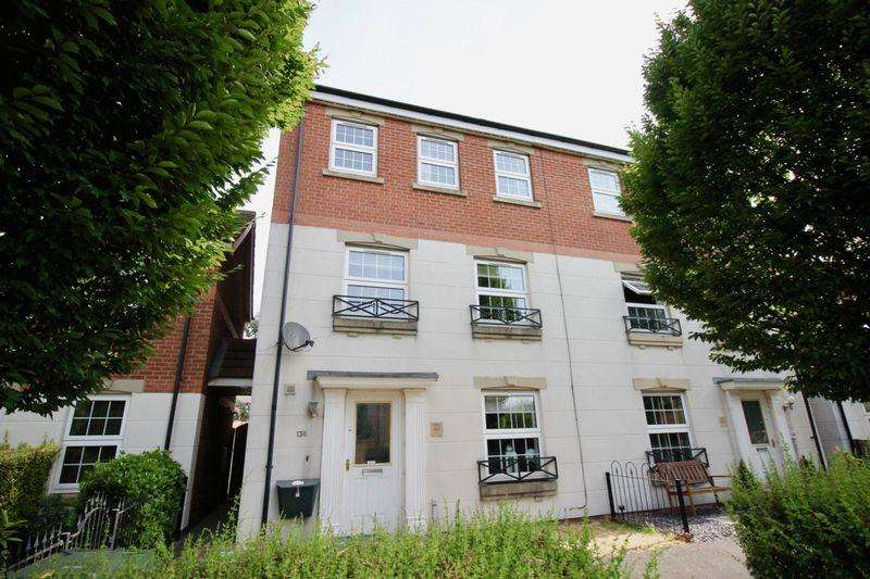4 Bedrooms House for sale in Carlton Boulevard, Lincoln, LN2 4WJ