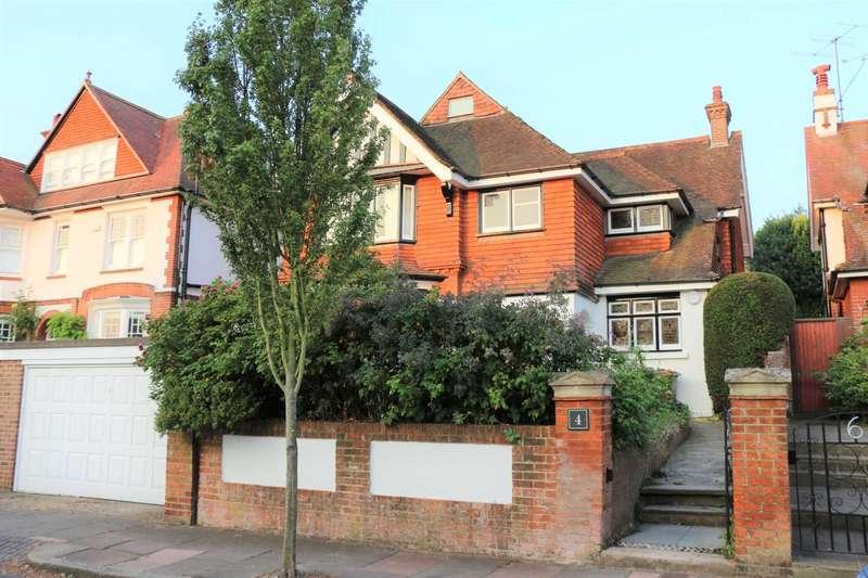 4 Bedrooms Detached House for sale in Ashburnham Gardens, Eastbourne, BN21 2NA