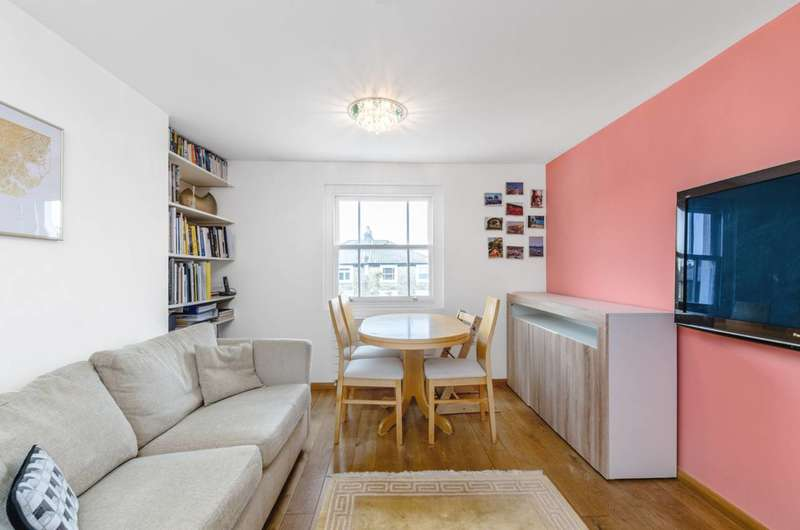 1 Bedroom Flat for sale in Cantelowes Road, Camden Town, NW1