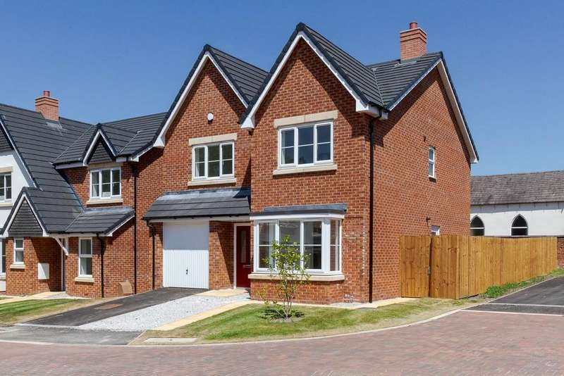 4 Bedrooms Detached House for sale in William Dykes Close, Haslington