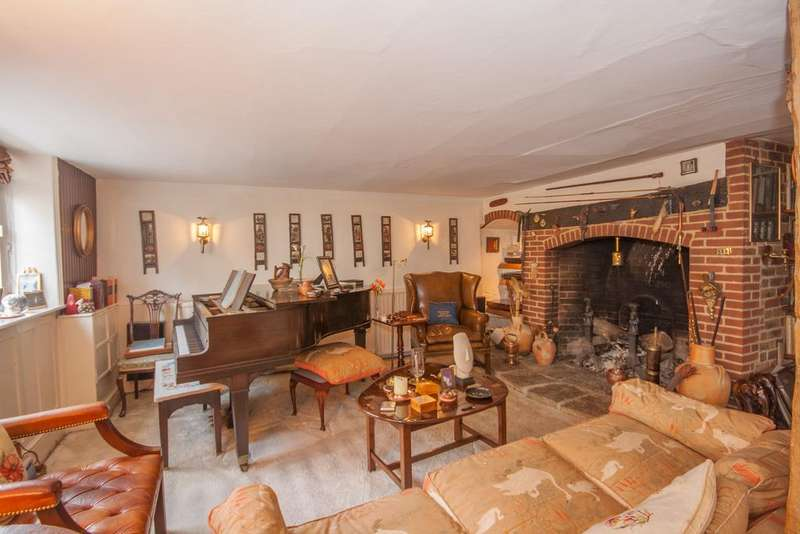 4 Bedrooms End Of Terrace House for sale in Trumpers Cottage, Petworth