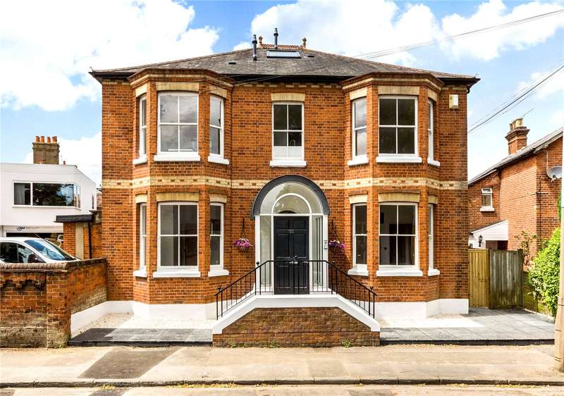 2 Bedrooms Flat for sale in St Lukes Road, Maidenhead, Berkshire, SL6