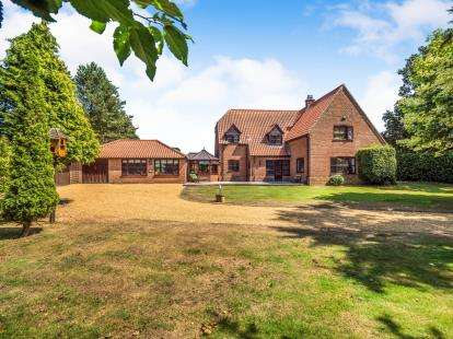 4 Bedrooms Detached House for sale in Ludham, Norwich, Norfolk