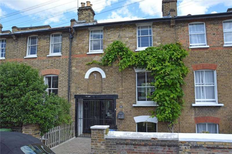 3 Bedrooms Terraced House for sale in Reynolds Place, Blackheath, London, SE3