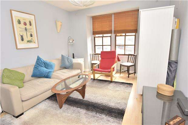 3 Bedrooms End Of Terrace House for sale in Grindell Road, Redfield, BS5 9PG