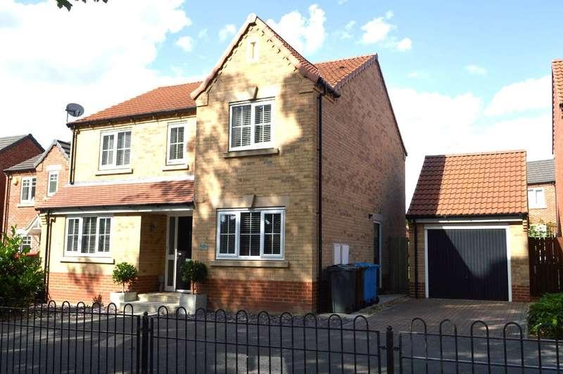 4 Bedrooms Detached House for sale in Saltshouse Road, Hull, HU8
