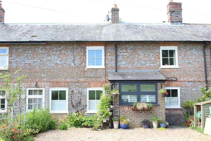 3 Bedrooms Terraced House for sale in Eastbury RG17