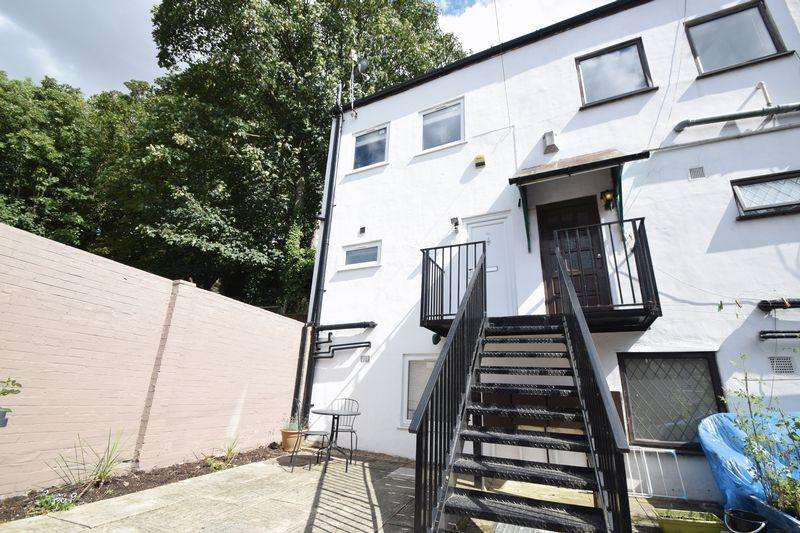 1 Bedroom Semi Detached House for sale in Hartley Road, Luton