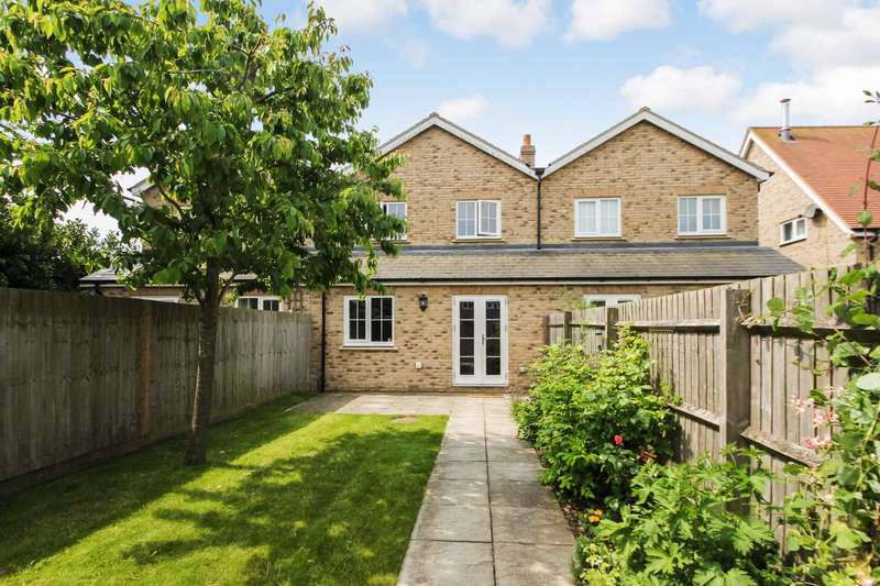 3 Bedrooms Mews House for sale in Hartop Close, Ivinghoe Aston