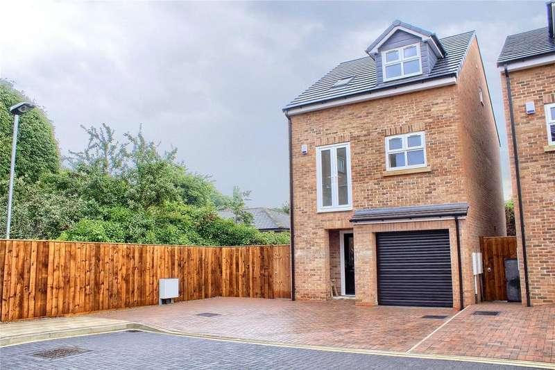 4 Bedrooms Detached House for sale in Garden Court, Hollins Lane