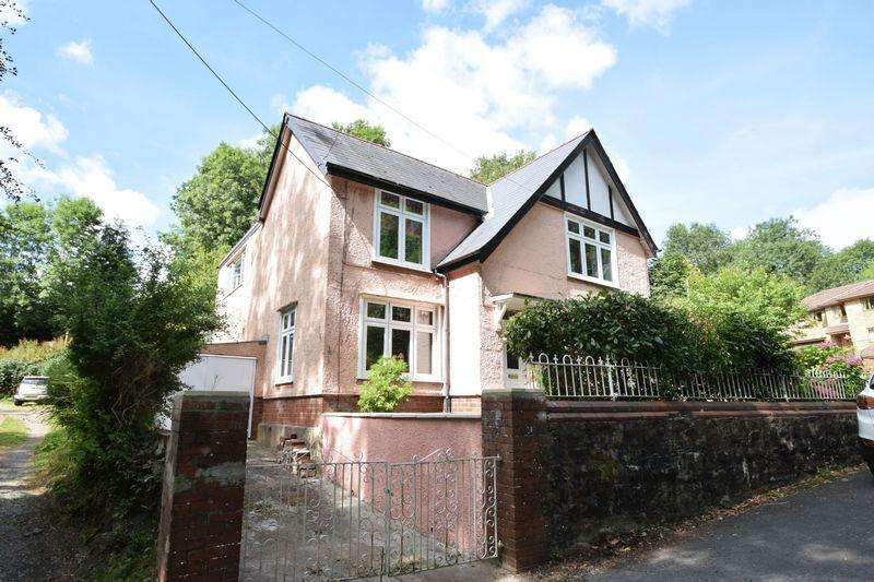 4 Bedrooms Detached House for sale in Pisgah Hill, Talywain, Pontypool