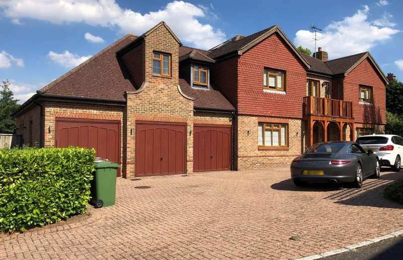 5 Bedrooms Detached House for sale in Abbey View, Radlett, Hertfordshire, WD7 8LT