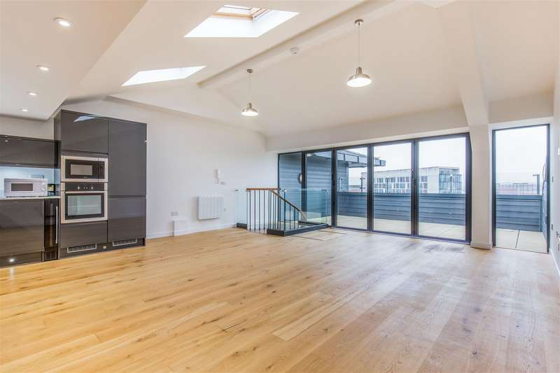 2 Bedrooms Flat for sale in Millbrook Road East, Southampton