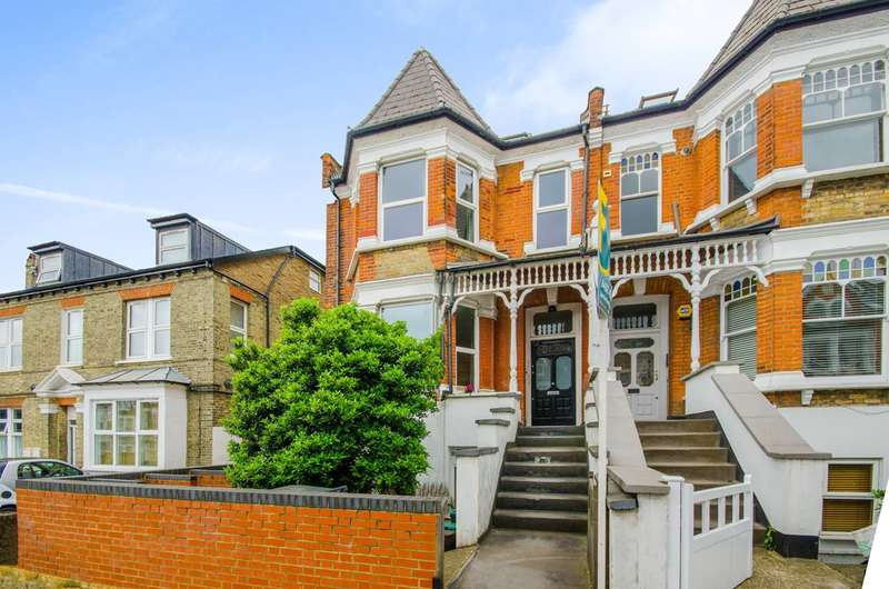 2 Bedrooms Flat for sale in Church Lane, Hornsey, N8