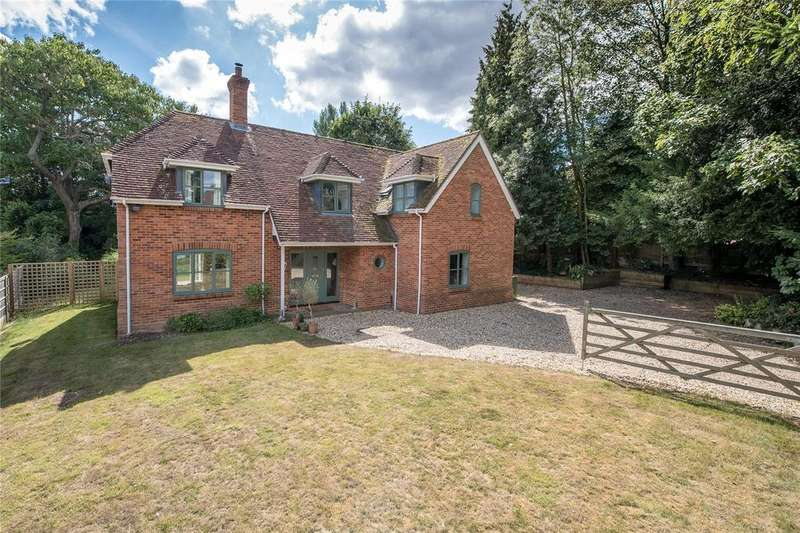 5 Bedrooms Detached House for sale in Winchester, Hampshire, SO22