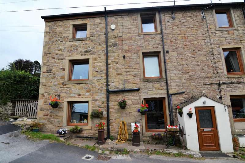 2 Bedrooms Cottage House for sale in Gillians Lane, Barnoldswick BB18