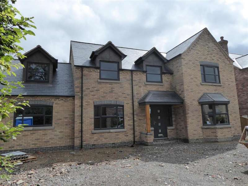5 Bedrooms Detached House for sale in Humberston Avenue, Humberston