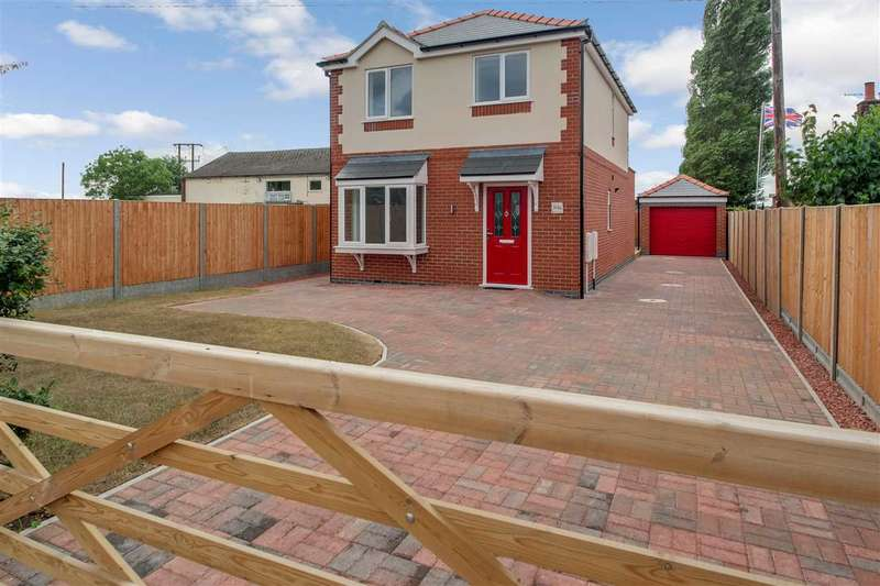 3 Bedrooms Detached House for sale in Brant Road, Waddington, Lincoln